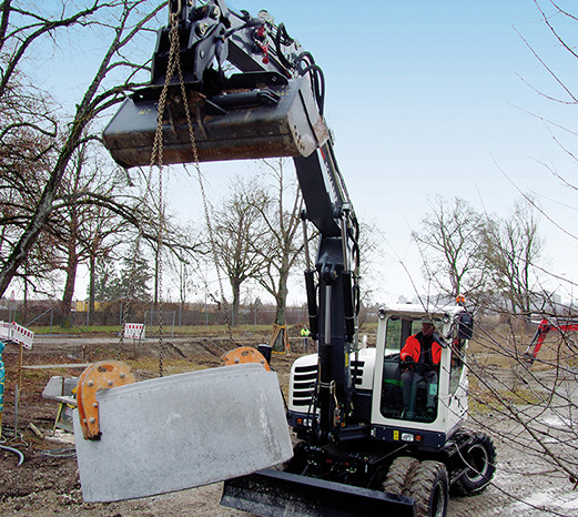 SCHAEFF TW110 – Kolová rypadla full